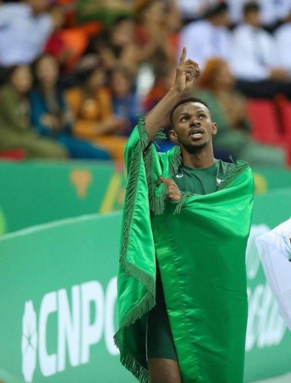 العداء السعودي الياسين يتأهل لنصف نهائي 400 متر بصدارة مجموعته