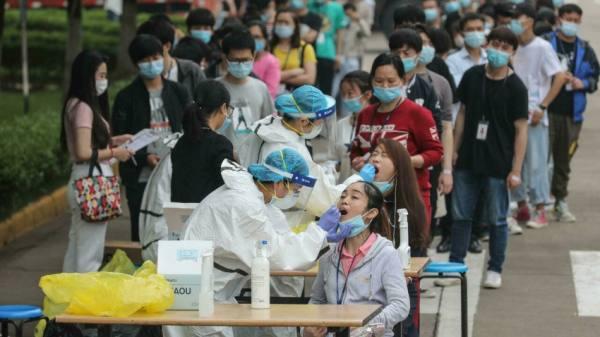 الصين تخضع ملايين السكان لفحوص كوفيد اثر ارتفاع عدد الإصابات