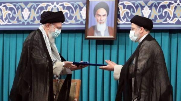 تنصيب عضو «لجنة الموت» رئيسا لإيران
