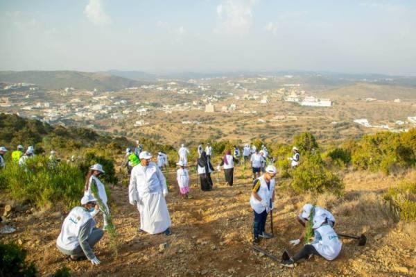 «الموارد البشرية»: تسجيل 409 آلاف متطوع خلال عام