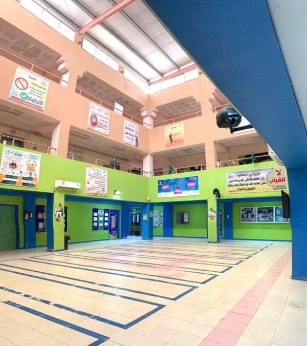 زيارات إشرافية لتعزيز العودة الآمنة في مدارس تعليم تبوك