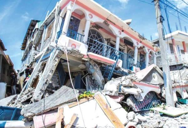 7.2 .. البحث عن ناجين من زلزال هايتي