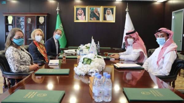 آل جابر يناقش مع القائمين بأعمال السفارة الأمريكية لدى المملكة واليمن جهود استكمال تنفيذ اتفاق الرياض