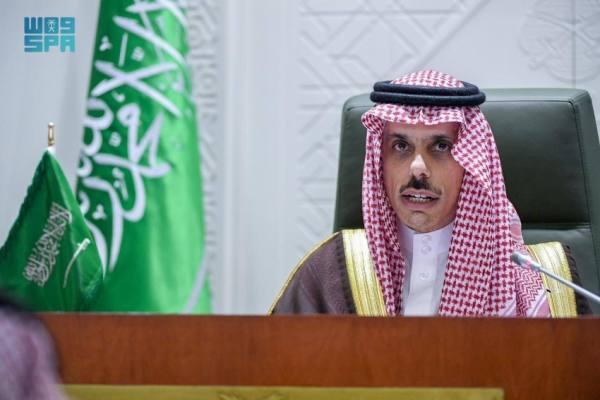 ابن فرحان يبحث التطورات مع وزيري خارجية المغرب والجزائر