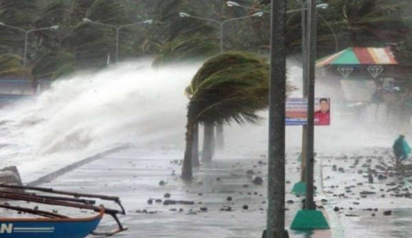 بايدن يعلن حالة الطوارئ في لويزيانا بسبب العاصفة