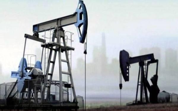 ارتفاع طفيف في سعر برميل النفط  للعقود الآجلة