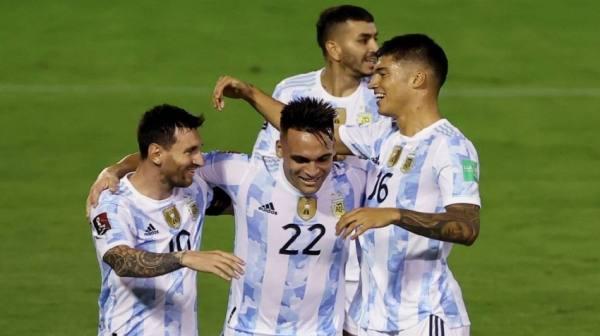 الأرجنتين تحقق الفوزعلى فنزويلا بثلاثية