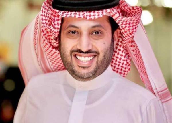 تركي آل الشيخ بعد خضوعه لعملية جراحية: أنا بخير
