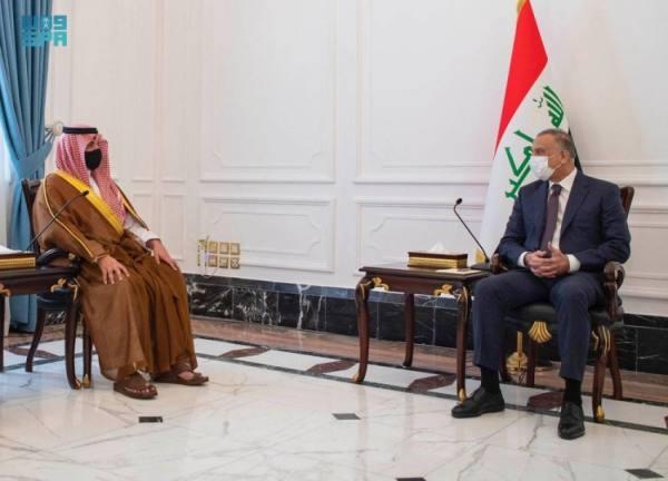 وزير الداخلية يبحث مع رئيس الوزراء العراقي التعاون الأمني