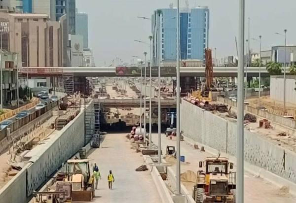 أمانة جدة تنجز 90% من أعمال نفق تقاطع التحلية مع المدينة