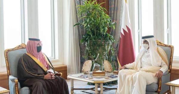 أمير دولة قطر يستقبل الأمير عبدالعزيز بن سعود بن نايف