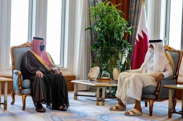 أمير قطر يستقبل عبدالعزيز بن سعود ويبحثان التنسيق الأمني