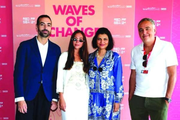 «البحر الأحمر» يحتفي بالمواهب السعودية والسينما العالمية بالبندقية