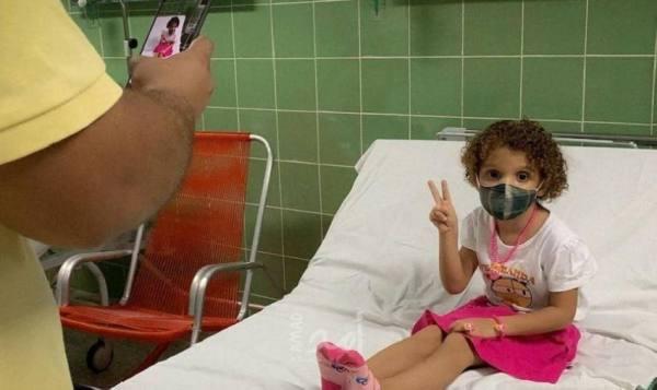 تعرف إلى أول دولة في العالم تلقّح الأطفال فوق العامين ضدّ كورونا