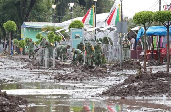 الفيضانات تغرق 16 شخصاً على الأقل داخل مستشفى بالمكسيك