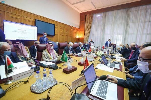 وزيرالخارجية أثناء مشاركته في الاجتماع