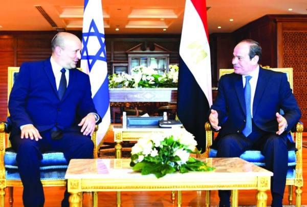 رئيس الوزراء الإسرائيلي يزور مصر لأول مرة منذ عشر سنوات