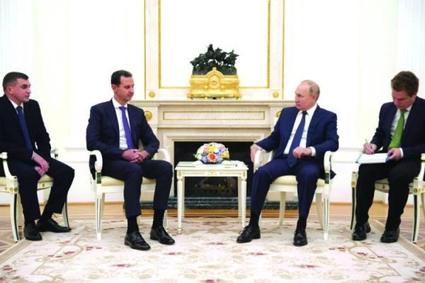 بوتين يخضع للحجر بعد إصابات بكورونا