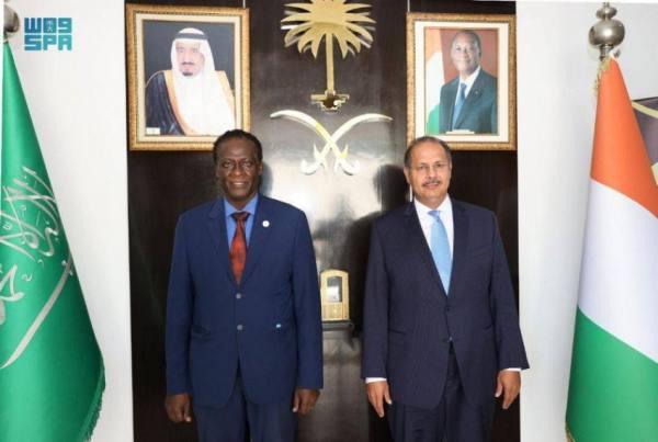 سفير المملكة لدى الكوت ديفوار يلتقي ممثل برنامج الغذاء العالمي بأبيدجان
