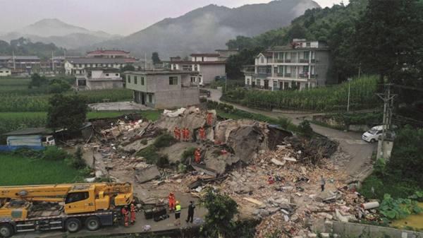 مصرع شخصين وإصابة 3 آخرين جراء زلزال ضرب جنوب غرب الصين