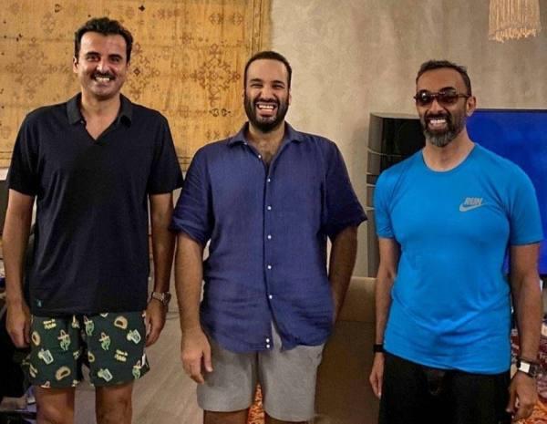 لقاء ودي يجمع ولي العهد بأمير قطر وطحنون بن زايد