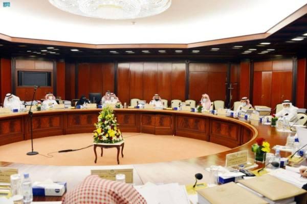 أداء 27 جهة حكومية على طاولة الشورى