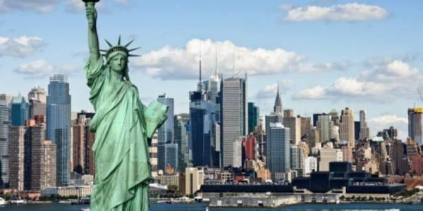 الولايات المتحدة تفتح حدودها للمسافرين المحصنين مطلع نوفمبر