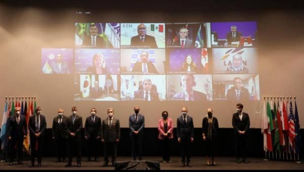 رئيس الهيئة السعودية للفضاء يبحث التعاون مع نظرائه بدول العشرين