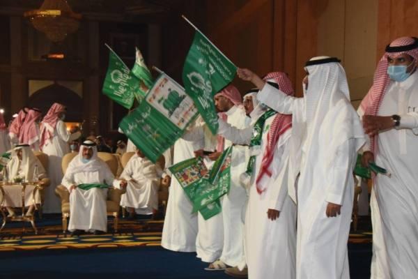 جمهور المنادي لبّى قصائد سعد آل سعود بجدة في يوم الوطن