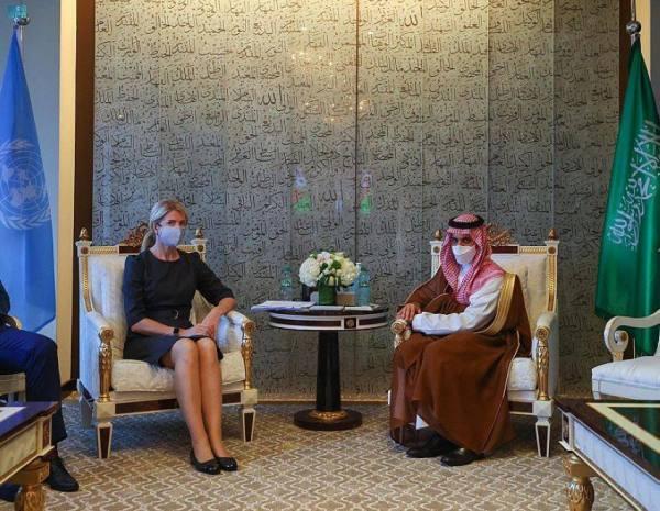 وزير الخارجية يلتقي وزيرة خارجية إستونيا