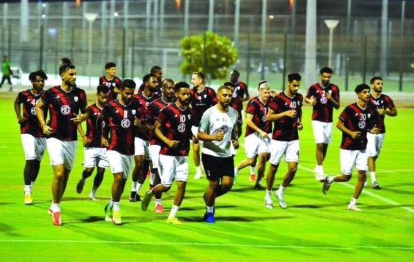 الأهلي يتدرب على ملعب الأميرعبدالله الفيصل