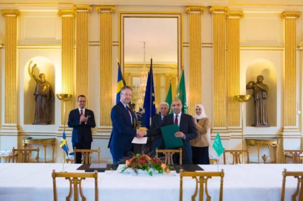 القصبي يبحث تعزيز التبادل التجاري والفرص الاستثمارية مع قطاع الأعمال السويدي