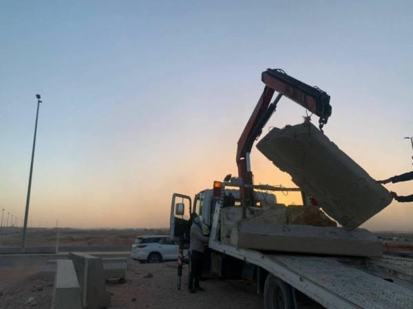 أمانة تبوك تٌزيل 200 ألف م³ من مخلفات البناء و1368 سيارة تالفة