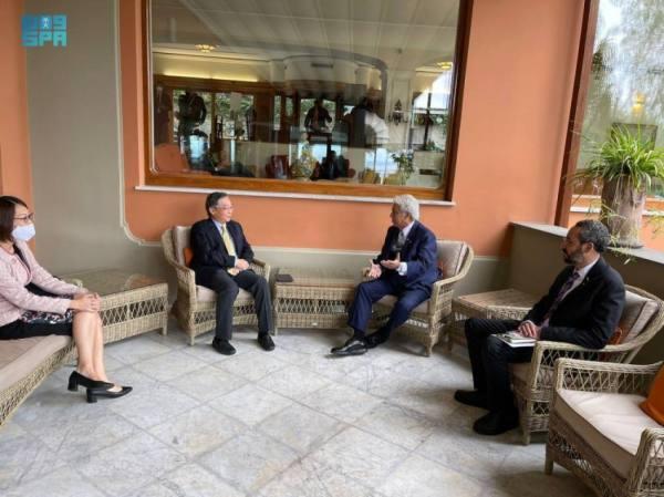 القصبي يبحث مع نظرائه الكوري والسنغافوري والإندونيسي ووزير الخارجية الإيطالي تطوير العلاقات التجارية